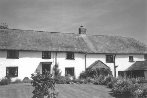 Middlecott, a 17th century farmhouse